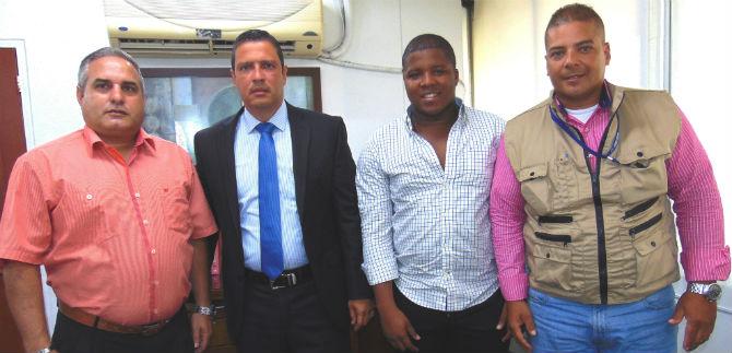 Dos cubanos y un brasileño enamorados de Cali se vuelven ciudadanos colombianos