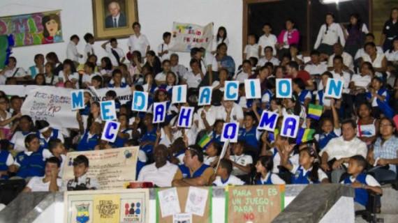 Institución Jose María Carbonell invita a seminario contra el matoneo.