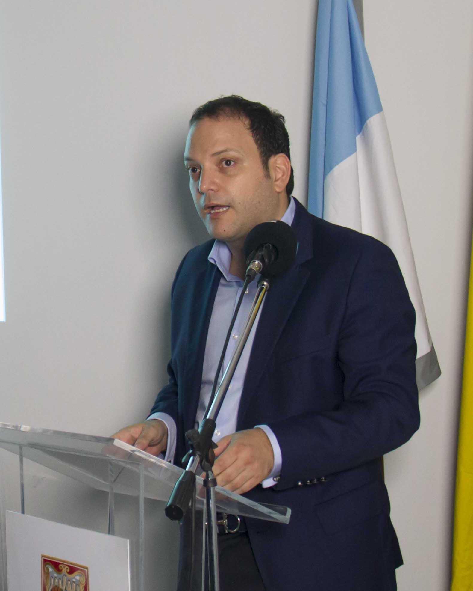 Personero Andrés Santamaría64