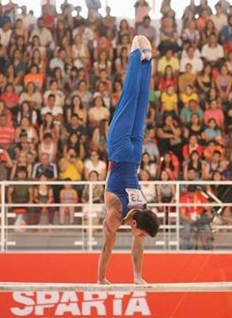 El gimnasta Jossimar Calvo gana medalla de plata en Copa Mundo de Alemania