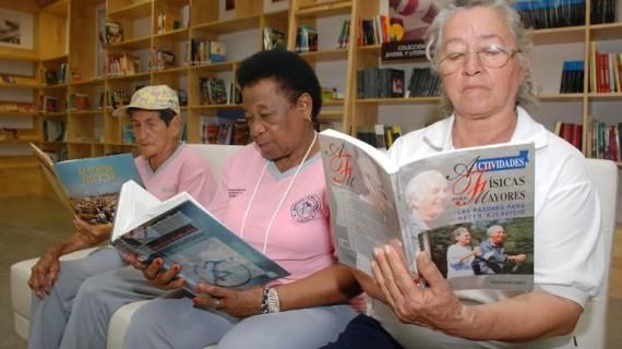 Actividades para las madres en la Biblioteca del Deporte