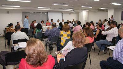 Alcaldía y expertos de Univalle analizan prioridades de la ciudad