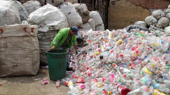 Cumbre internacional de Diseño para el Desarrollo piensa en mejorar calidad de vida de los recicladores