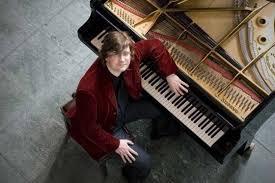 """Pianista alemán musicalizará en vivo la película """"Nosferatu"""" en Univalle"""