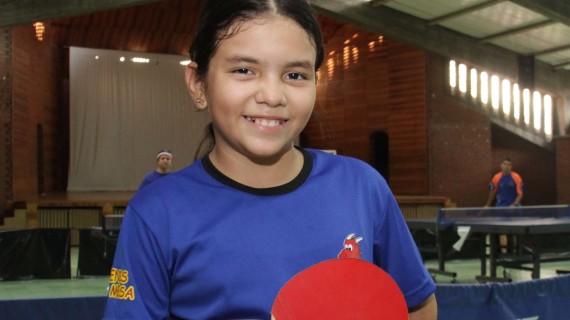 Catalina Ladino, una pequeña que representará a Colombia en tenis de mesa