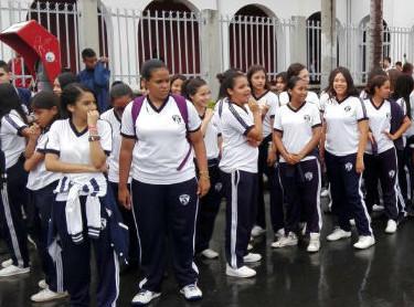 Cuatro mil niños participaron en la inauguración de los Juegos Supérate