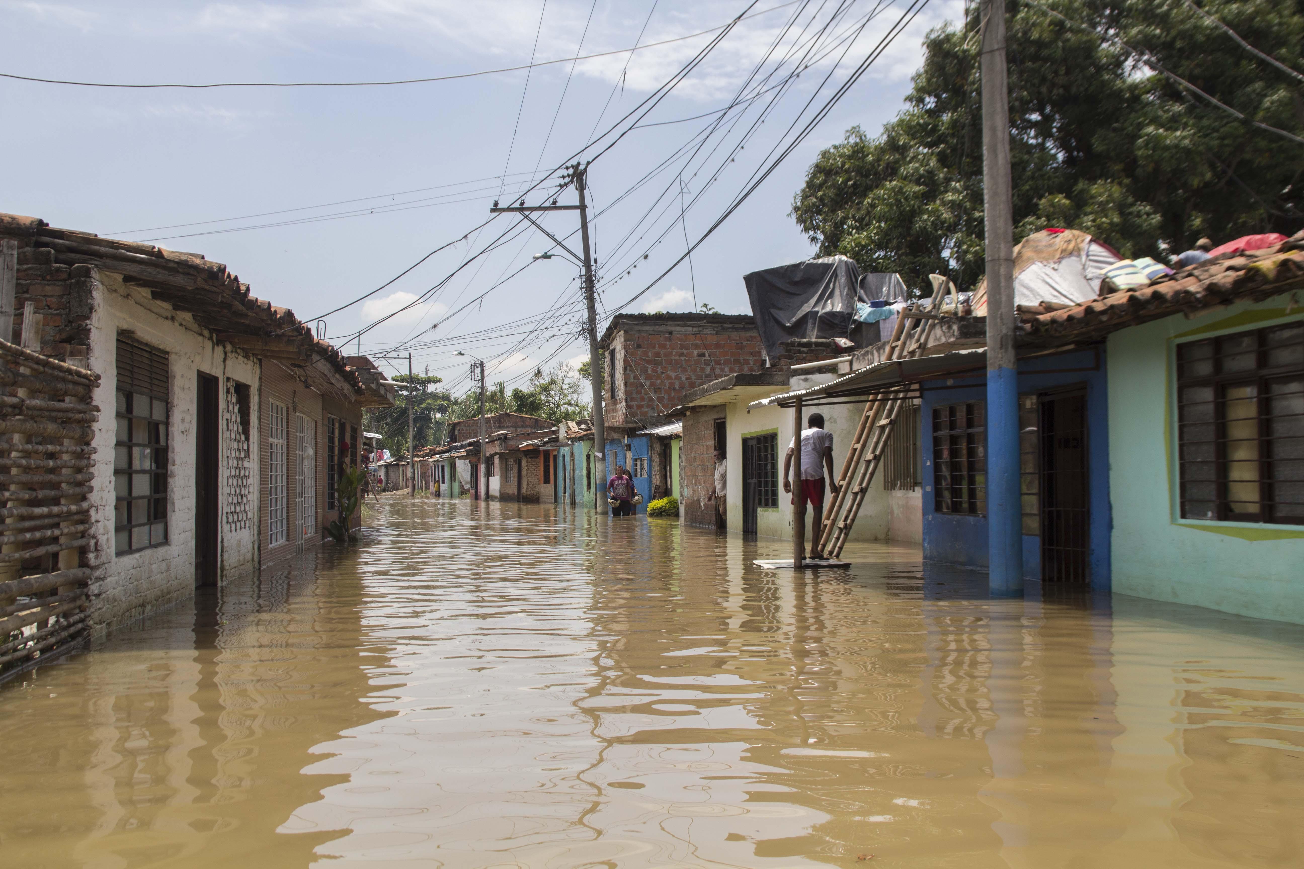 Inundacion rio cauca puerto nuevo 104