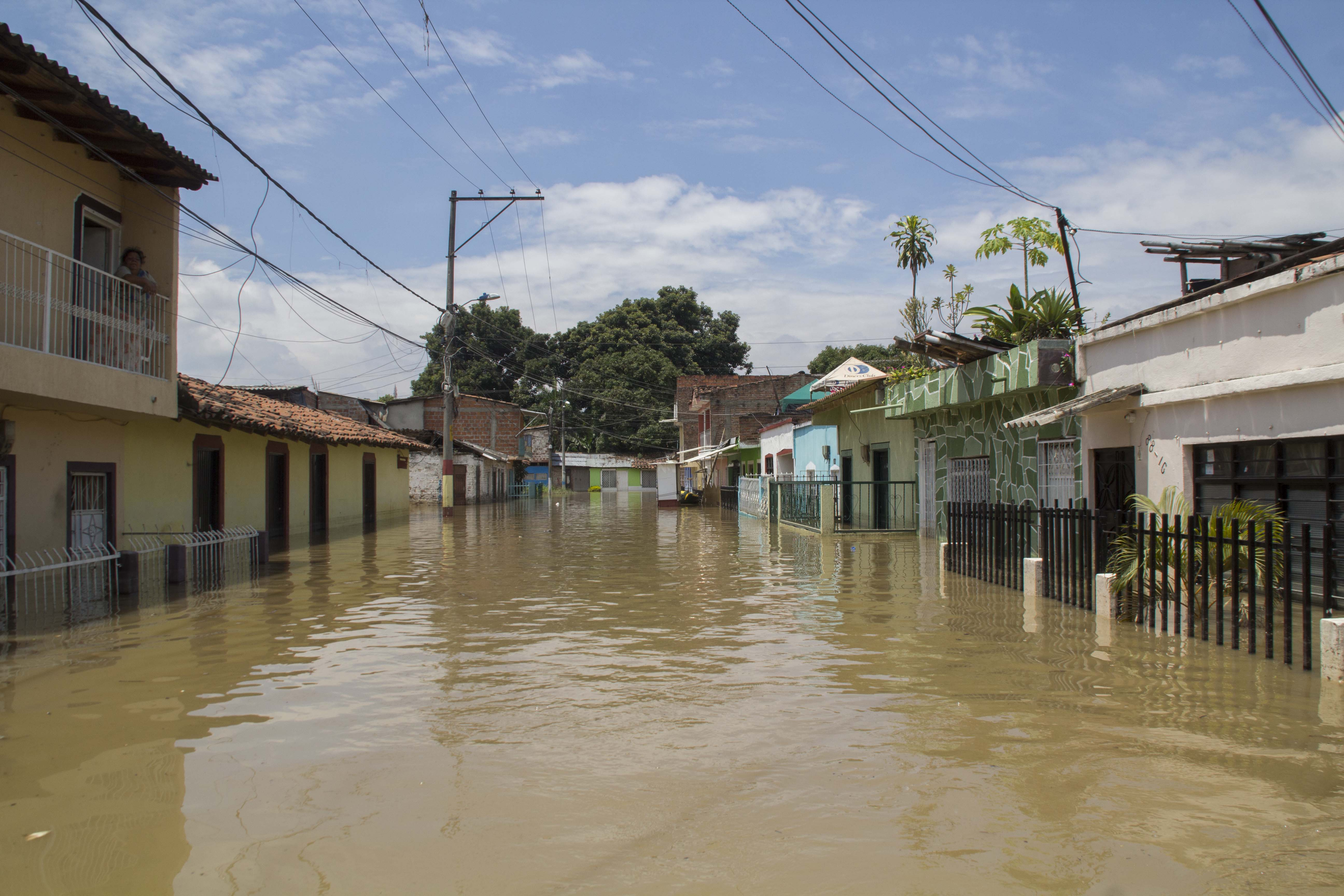 Inundacion rio cauca puerto nuevo 135