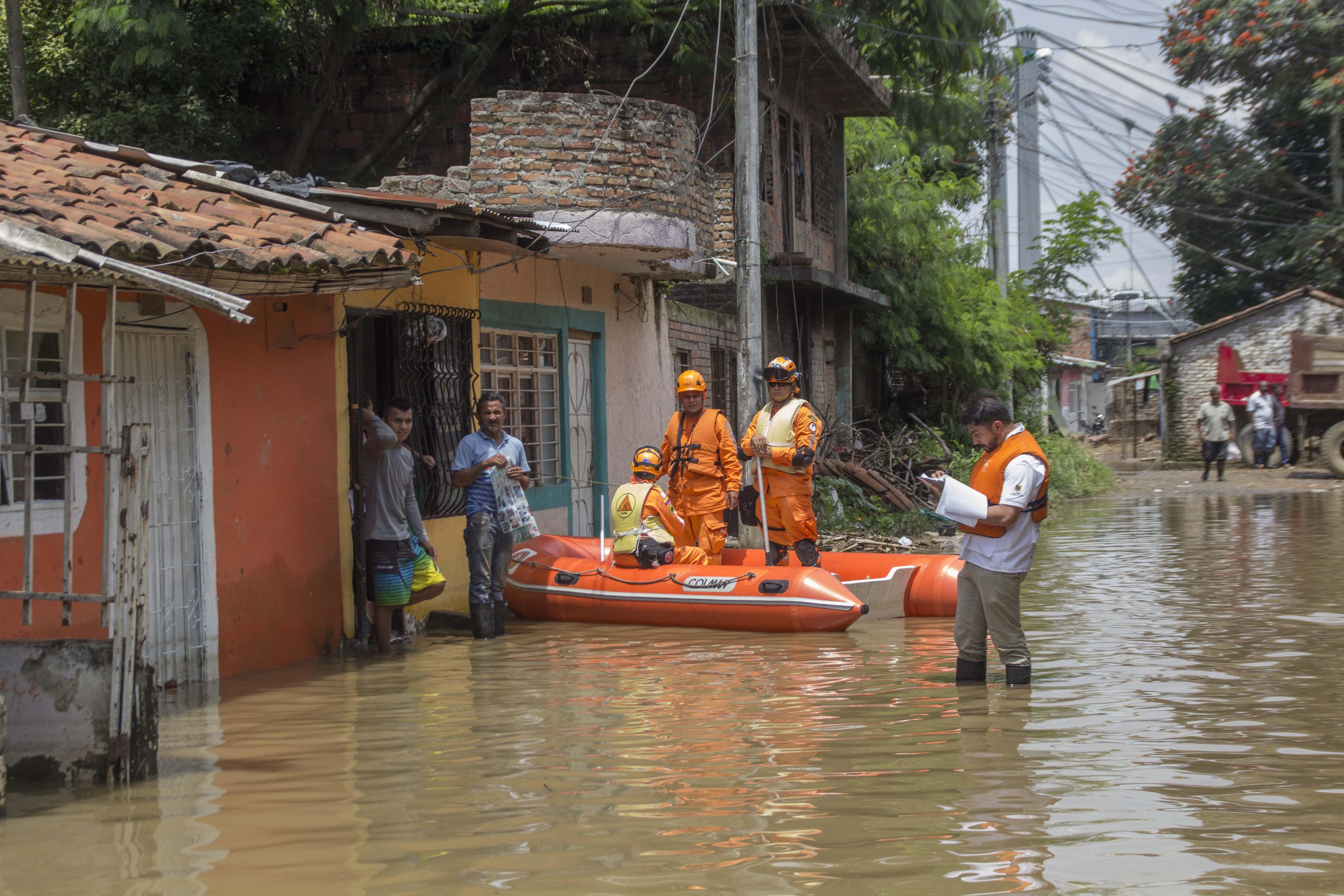 Inundacion rio cauca puerto nuevo 85