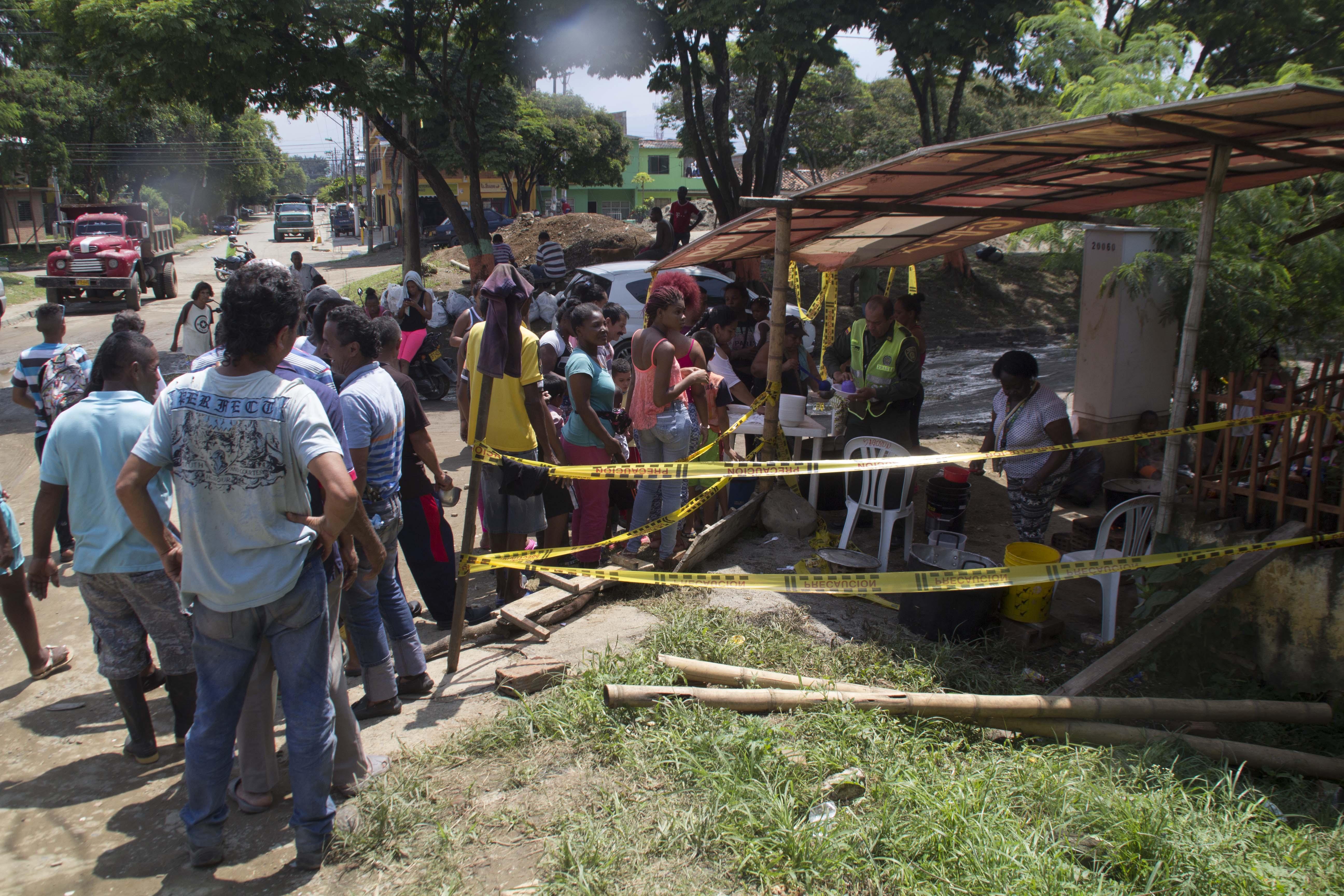 Inundacion rio cauca puerto nuevo olla comunitaria 169