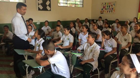 Gobierno del Valle ofrece créditos condonables para estudiar maestrías y doctorados a los docentes del departamento