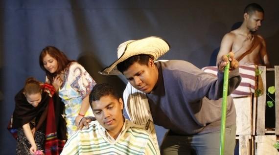 Arrancó el 'Encuentro de Teatro Universitario'