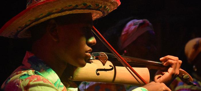 El Petronio Álvarez engalanó la bella fiesta de violines caucanos en Santander de Quilichao