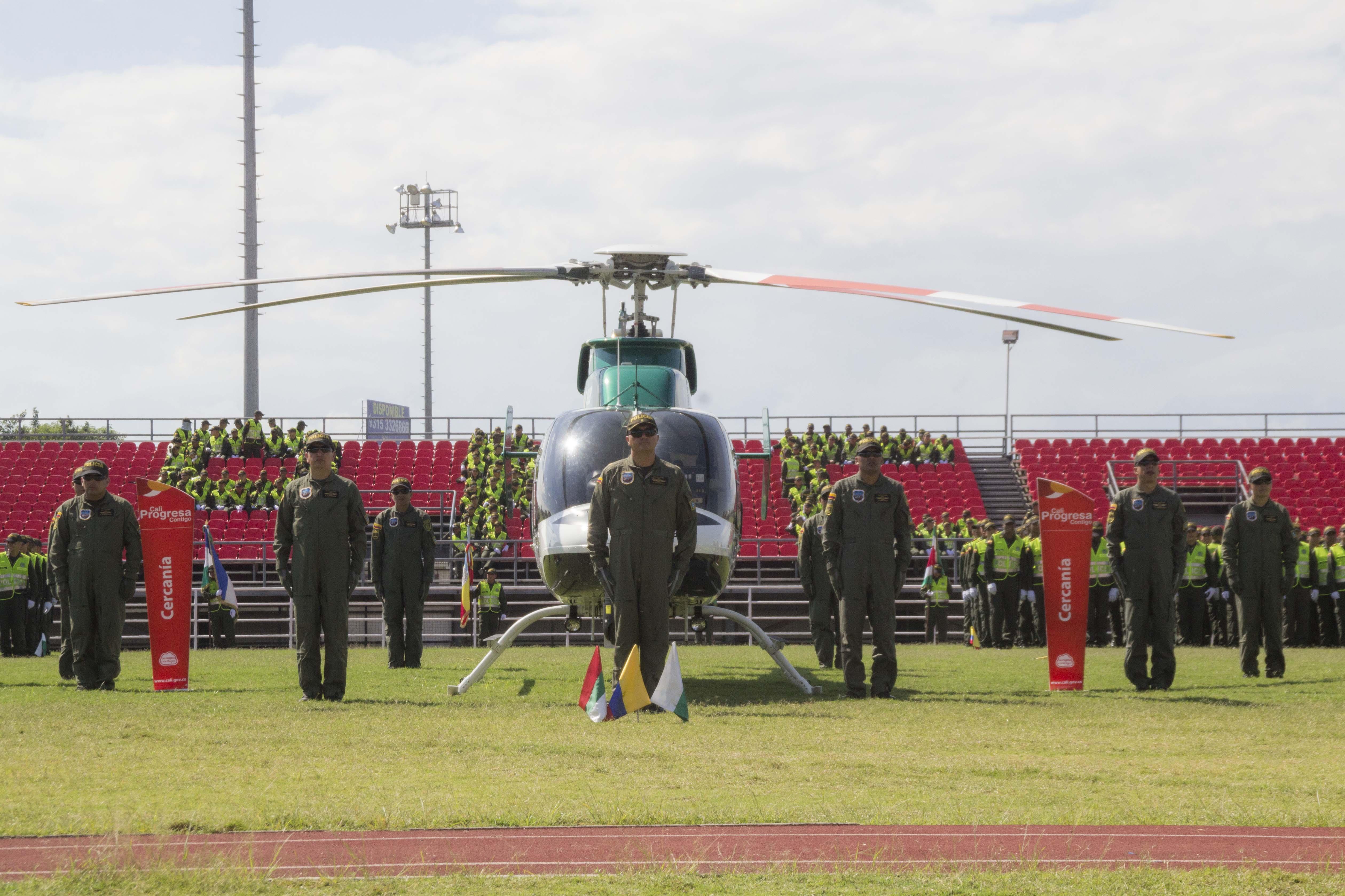 Entrega oficial Helicoptero Policia 09