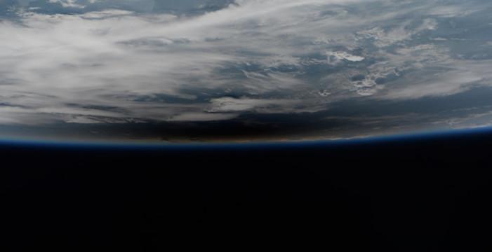 Eclipse de Sol visto desde el Espacio