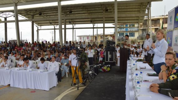 Zonas Wifi y tabletas recibió el Municipio El Águila