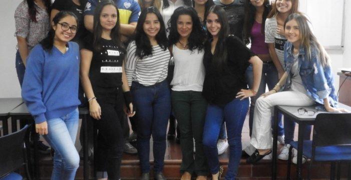 Estudiantes de Javeriana Cali y el FESDA: ¡Una relación que promete!