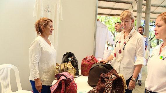 Proyecto de marroquinería artesanal para mujeres de Cartago