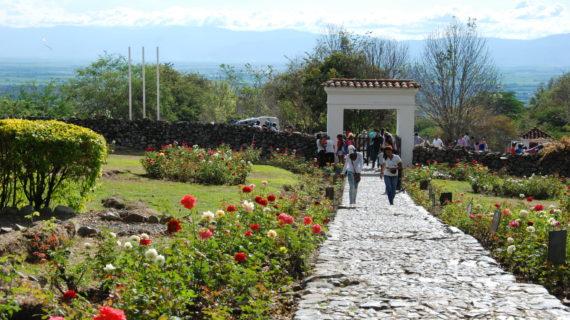 Secretaría de Turismo trabajará con AirPanama para promocionar al Valle