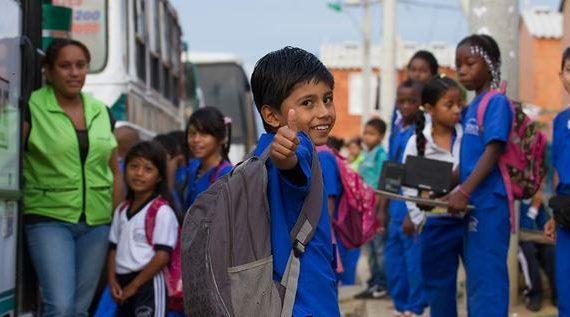 El transporte escolar oficial es para estudiantes que acrediten necesidad: Secretaria de Educación