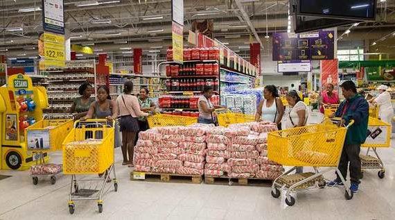 Personas víctimas del conflicto armado recibieron bonos de alimentación