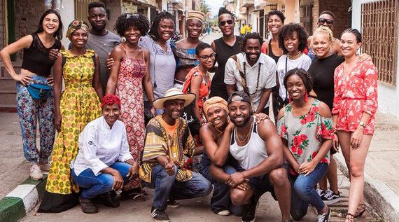 Turistas Afro, descubren cuál es la magia de las bibliotecas en el oriente de la ciudad