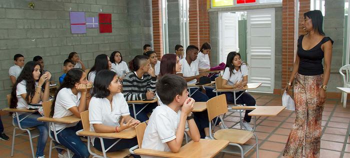 Alcaldía de Cali busca a niños y niñas trabajadores para vincularlos al sistema de educación público