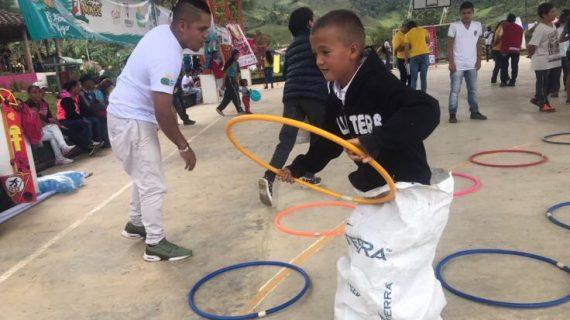 Celebración del Mes de la Niñez llegó al municipio de Bolívar llevando alegría y sonrisas