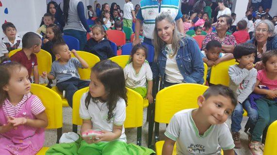 Recorriendo los municipios, la Gobernación del Valle comenzó la celebración del Mes de la Niñez