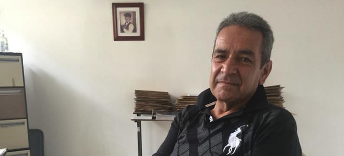 Adulto mayor que perdió la memoria busca a su familia