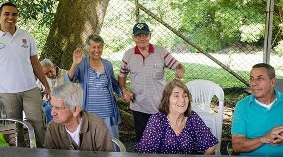 El programa Canas y Ganas trabaja con los hogares geriátricos de la ciudad
