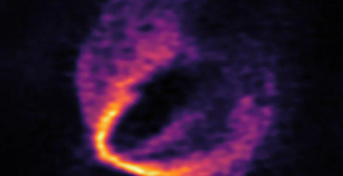 Descubren un trío de planetas jóvenes alrededor de una estrella recién nacida