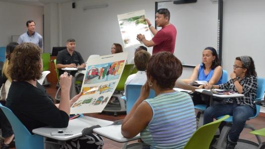 Profesores de colegios se actualizaron en TIC y aprendizaje de inglés