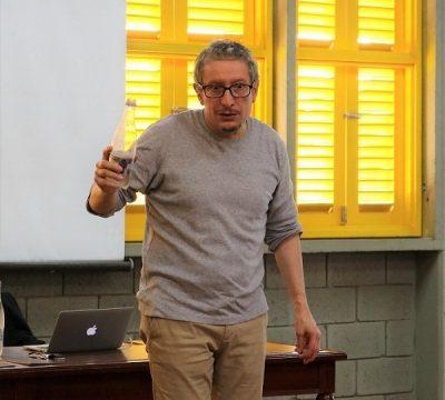 El actor Fabio Rubiano visitó Univalle con la conferencia 'Negociando con el realismo'