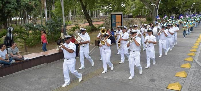 La banda de la Fuerza Naval del Pacífico se lució en la Plaza de Cayzedo