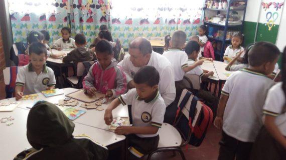 Verifican avances de preescolar en sede Nuestra Señora de Fátima, en Borrero Ayerbe