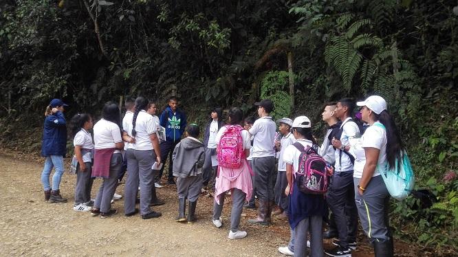 Gestores ambientales ayudarán a proteger la biodiversidad en La Cumbre
