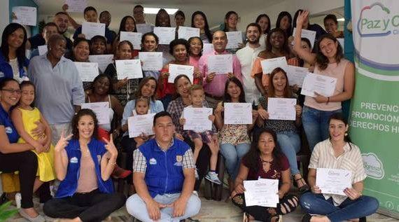 Se gradúa la primera promoción de la Escuela de Intercambio de Saberes en Derechos Humanos