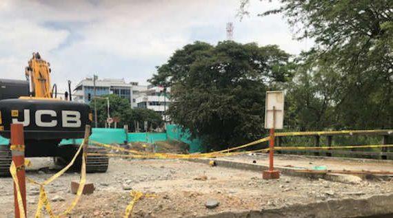 A buen ritmo sigue la demolición del puente de la calle 21
