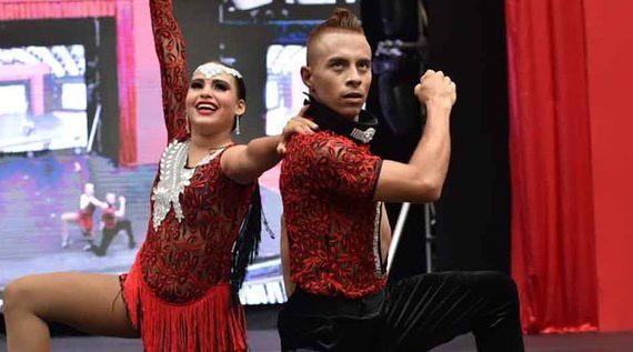 Artistas y académicos caleños de la salsa se preparan como jueces para competencias de baile