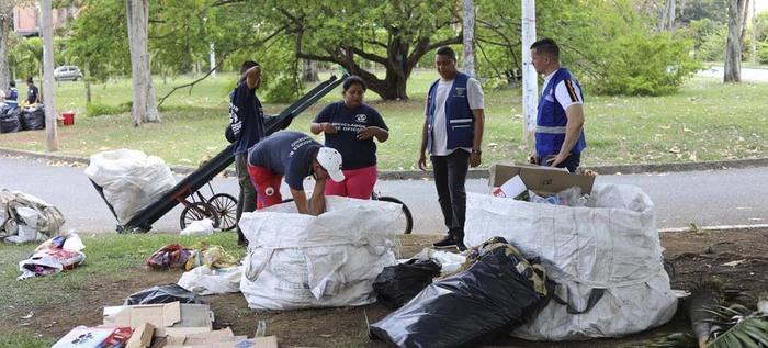 Alcaldía sensibiliza a recicladores de oficio en uso adecuado de residuos