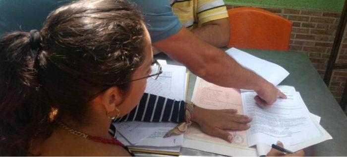 Alcaldía visitó predios en la comuna 13