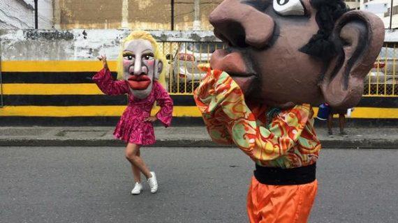 Bellas Artes inauguró festival internacional de títeres 'Ruquita Velasco' con 'Desfile por la vida y la alegría'