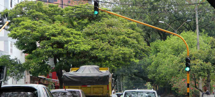 Cali recuperó 125 intersecciones semaforizadas