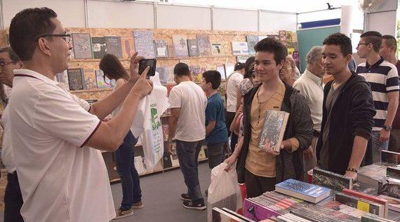 En seis días, más de 116 mil personas han visitado la Feria Internacional del Libro Cali 2018