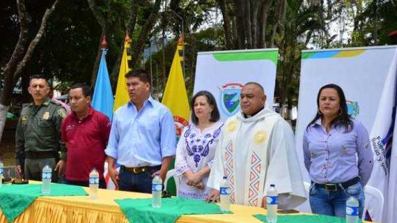 Gobernación del Valle entregó una Ambulancia equipada a Calima – Darién