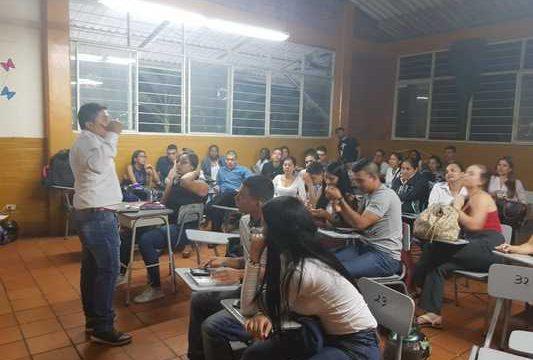 Gobierno departamental hace campañas de sensibilización a población LGTBI en instituciones educativas