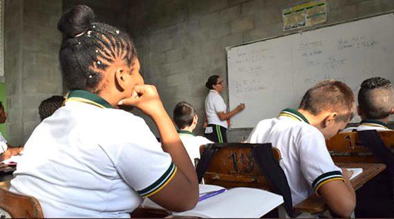 50 estudiantes de todo el país llegan a la final de las competencias académicas 'Supérate con el Saber'