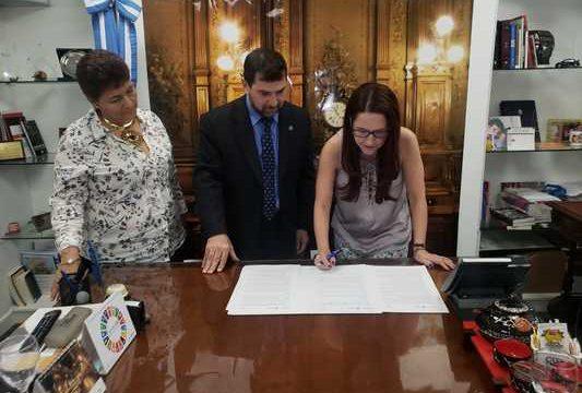 Biblioteca Departamental firmó convenios de cooperación con dos bibliotecas argentinas