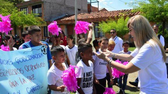 Con nuevos escenarios deportivos, Gobernadora del Valle apoya los Semilleros Deportivos para la Paz, en Cartago